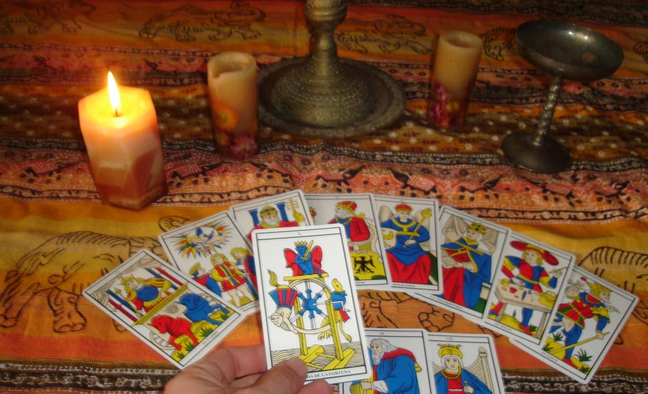 Aprende tarot para descubrir tu futuro el espejo - El espejo tarot gratis ...